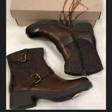 NIB BORN B.O.C GATES BROWN ANKLE BOOTS WOMENS 8.5M LEATHER w/ZIP SIDE