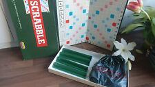 CLASSIC SCRABBLE   -  PLASTIC TILES SPEAR'S GAMES