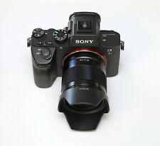 Sony Alpha 7R III A7R3 A7RIII 42.4 MP @@@EXTRAS!!!