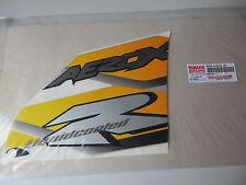 Yamaha Aufkleber Schriftzug Beinschutz rechts YQ50 Aerox 2001 Graphic Original