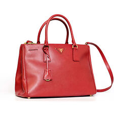 PRADA Damentaschen mit zwei Trägern und abnehmbaren Trageriemen
