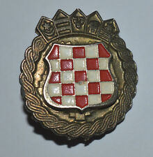 Croatia Croatian Army ZNG crest coat of arms 90s war time metal cap hat badge