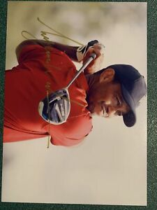 Tiger Woods Hand Signed Autograph 8x10 Photo Original COA Golf PGA Masters