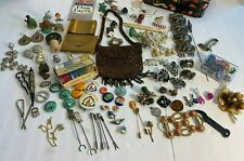 Wholesale Junk Lot of Stuff  3.7LBS   Jewelry Pinback Buttons Sabika
