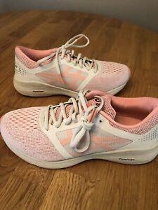 NEW! Asics ROADHAWK FLYTE FOAM FF Peach & Cream Sneakers Running Shoes SIZE 8.5