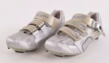 2016 WOMENS SCOTT CARBON PRO CYCLE SHOES $70 8.5 light grey silver USED