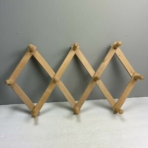 Accordion Expandable Coat Rack Wood Wall Hanging Jewelry Organize Peg Hooks