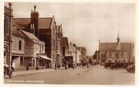 POSTCARD   DEVON    BARNSTAPLE    The  Strand            RP