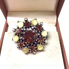 Vintage  1950's Rhinestone & Lucite Brooch Pin