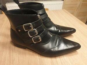 Underground Blitz london Winklepicker Boots black leather buckle UK size 11