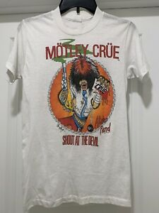 Vintage Motley Crue Band Shirt Allister Fiend Shout At The Devil Band Tee 80's