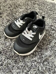 Childrens Toddler Nike Trainers Size 7.5