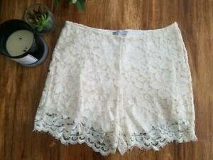 ZARA NWOT NEW ivory Crochet Boho Knit High Waist Hi Lace Shorts Beige Medium M