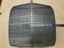 Mercedes-Benz W111 W112 coupe Radiator grille mesh insert 220 250 280 300 S NOS