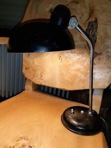 alte Bauhaus Tischlampe Kaiser Idell ?