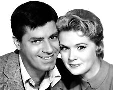 "JERRY LEWIS & CONNIE STEVENS IN THE FILM ""ROCK-A-BYE BABY"" - 8X10 PHOTO (OP-163)"