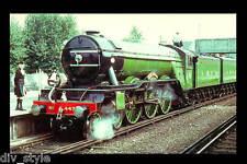 London & North Eastern The Flying Scotsman steam locomotive railroad postcard