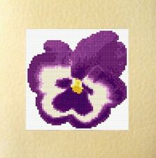 "PURPLE PANSY, ANNIVERSAIRE/Plain-Fleur Cross Stitch Carte Kit - 5.5""x5.5"" 18 Count"