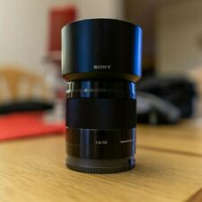 Used Sony E 50mm f/1.8 OSS Excellent Condition! Comes with hood and caps!