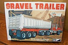 MPC 3-AXLE GRAVEL TRAILER  1/25 SCALE MODEL KIT