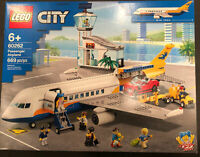 LEGO Passenger Airplane City Airport (60262)