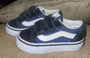 Boys Infant / Toddler Size 4 Vans Shoes * Sneakers
