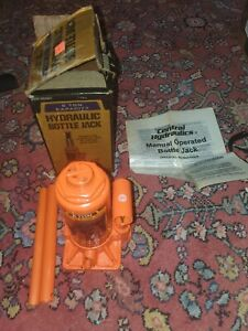 Used Central Hydraulics  6 Ton Bottle Jack in worn box.