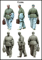 1/35 Scale Resin Figure Model Kit Clerk EM-35123