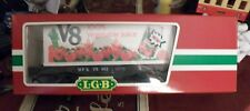 LGB G SCALE, 4 AXLE  LGB # 41850 FLATBED WITH V-8 JUICE SHIPPING CONTAINER