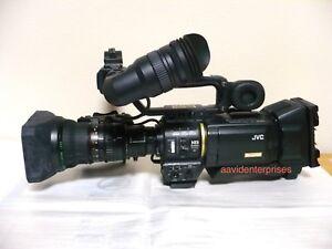 Mint JVC GY-HD200CHU HD camcorder with Fujinon Th17x5BRM lens