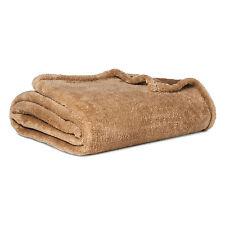 "Thresholdâ""¢ Fuzzy Blanket (Full/Queen) Ash Brown"