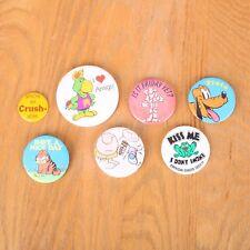 7 Vintage Novelty Pinback Buttons Pluton Garfield Ziggy Crush Friday Frog Amigo