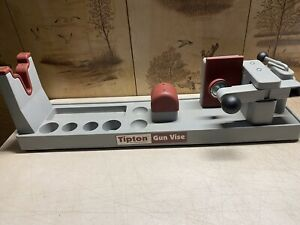 TIPTON  GUN  VICE  NONMARRING  FOR RIFLE AND SHOT GUN. CLEANING