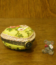 Boyds Treasure Box #4033641 Momma'S Pretty Lil' Pillow w/ Posey McNibble, 1st Ed