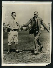 Connie Mack pitching lesson Lou Barbour 1932 Press Wire Photo Philadelphia A's