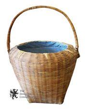 Vintage Wicker Handled Picnic Basket W/ Plaid Lining Kitchen Rack Hanger