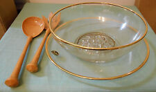 "NIB GAILSTYN ""DILLY"" SALAD BOWL, PLATE AND WOODEN FORK/SPOON 22K RIM"