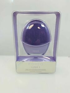 Foreo Luna 3 Smart Electric Facial Cleansing & Massage Device