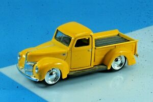 Jada 1941 Ford Yellow Pickup Truck. 1/32 Scale.