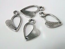 15 x 17mm Tibétain cœur argent bijoux pendentifs charmes / perles collier B191