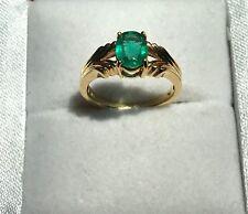 18K Yellow gold Majestic Emerald Ring Size 7