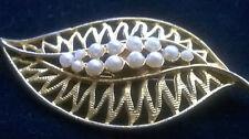 VINTAGE 1950-1980 LEAF SHAPE PIN BROOCH Mother Wife Girlfriend beautiful gift(J)