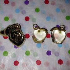 Pin & 2 Apple Charms~Rare*1 Set Left! 3pc Lot: Disney Snow White'S Grumpy Dwarf