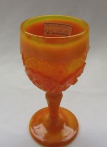 BOYD ART GLASS BUZZ SAW WINE GOBLET  (PERSIMMON) 1st FIVE YEAR