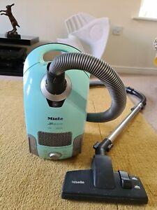 MIELE Premium S4282 H.E.P.A. VACUUM CLEANER  300-2000 watts Turquoise
