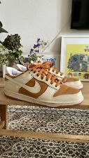 Nike Dunk Low VNTG Vintage Curry
