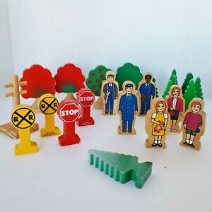 Thomas and Friends Wooden Railway Figures Trees Signs Accessories Conductor