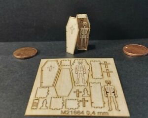 Bastelset Neu! Halloween kleinster Sarg Skelett und 7 Mini Deko L 2,5 cm Holz