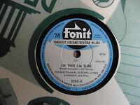 Four Aces con Al Alberts e Coro - A woman in love / Of this i'm sure - 78 giri