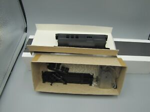 Roundhouse HO Scale Unlettered Overton Combine Car #3720